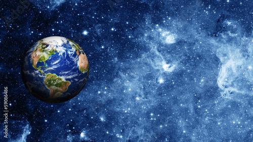 planeta ziemia w przestrzeni
