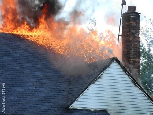 Fotografie, Obraz  Roof on fire