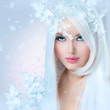 canvas print picture - Winter Beauty. Beautiful Fashion Model Girl with Snow Hairstyle