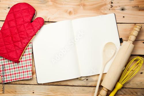 Cuadros en Lienzo Blank recipe book on wooden table