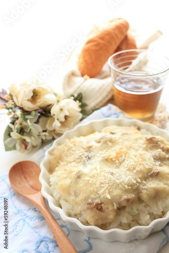 Fotografie, Obraz  italian cuisine, Doria white sauce and chicken on rice