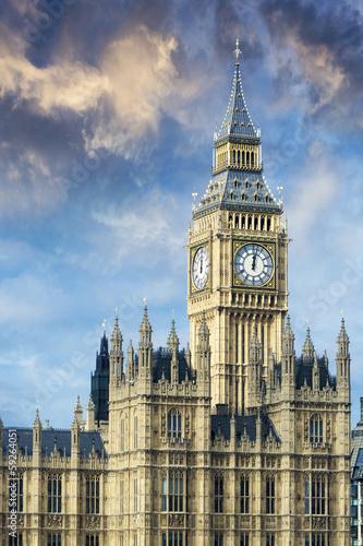piekny-widok-big-ben-w-londynie