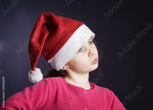grand Prix variété de dessins et de couleurs qualité de la marque fillette avec bonnet de père Noël - Buy this stock photo and ...