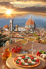 Fototapeta Florence with Cathedral and Italian pizza in Tuscany, Italy