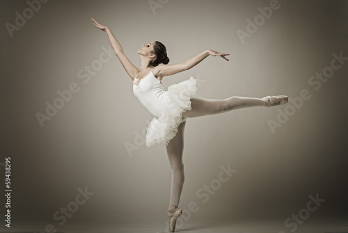 Fotografie, Obraz  Portrait of the ballerina in ballet pose