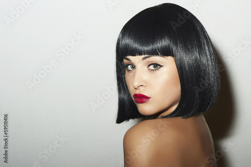 Fotomural Beautiful Brunette Woman.Black Hair.bob Haircut.red lips girl