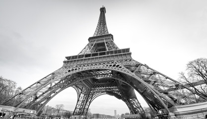 NaklejkaTour Eiffel in black and white