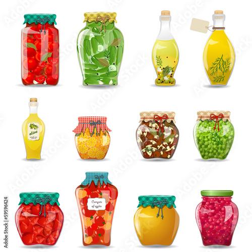 Fotografía  Set of glass jars with preserved vegetables, mushrooms, fruit an