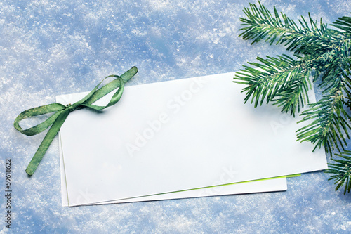 Fotografía  Invitation card on snow