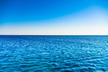 Fototapeta na wymiar deserted beach sea