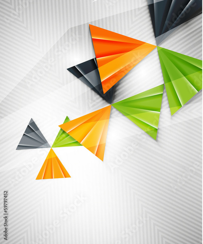 geometryczny-ksztalt-abstrakcja-trojkaty-na-bialym-tle