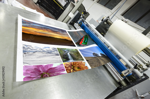 Fotografie, Obraz  offset machine roll laminator