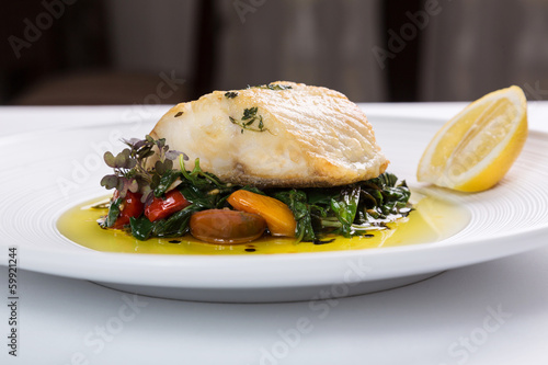 Photographie  Fish filet with vegetables