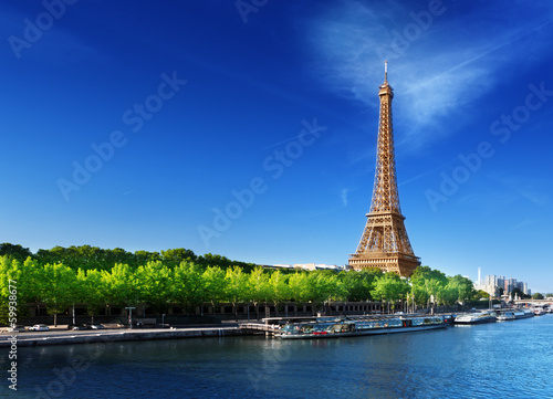 Poster Tour Eiffel Seine in Paris with Eiffel tower in sunrise time