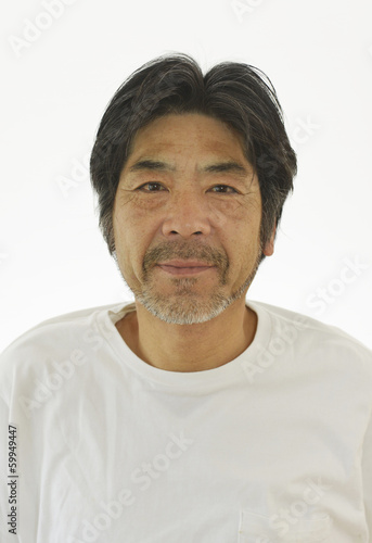 Photo  50代男性の証明写真