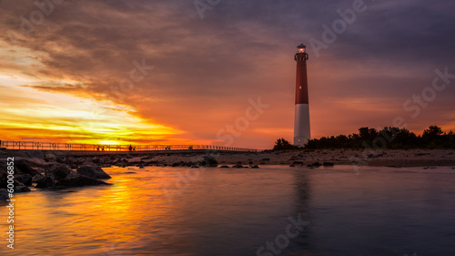 Tuinposter Vuurtoren Barnegat Lighthouse at sunset