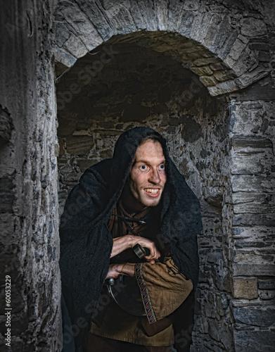 Photo  schleichender Dieb des Mittelalters