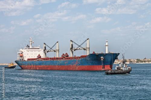 Foto op Plexiglas Arctica Cargo ship