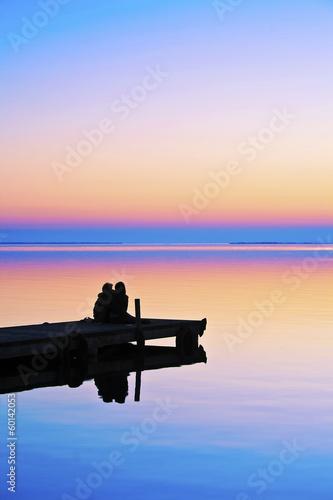 Foto auf AluDibond Pier abrazados en el embarcadero