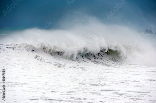 Stickers pour porte Eau rough sea with big wave breaking