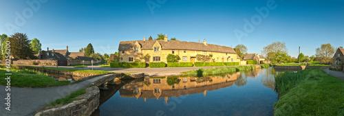 фотография  Rural homes, Cotswold, UK