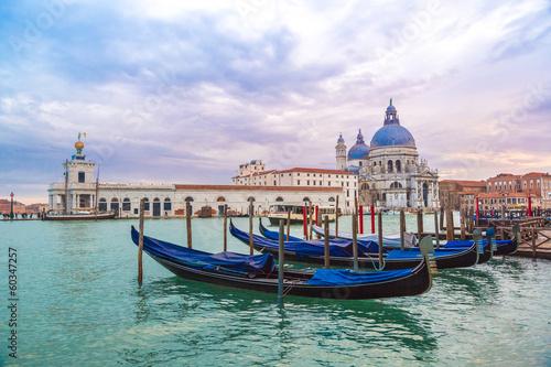 Photo sur Toile Venise View of Basilica di Santa Maria della Salute,Venice, Italy