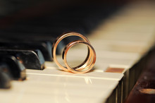 Piano And Rings
