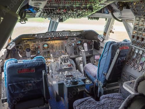Fotografia  Cockpit of a jumbo jet