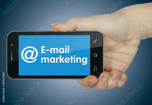Pinturas sobre lienzo  E-mail marketing. Phone