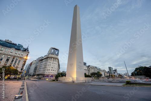 Fotografía The Obelisk (El Obelisco) in Buenos Aires.
