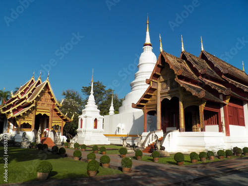 Foto  Wat Phra Singh Woramahaviharn