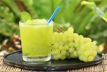 Grape Juice Smoothie