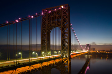Fototapeta Mosty George Washington Bridge lit up in pink