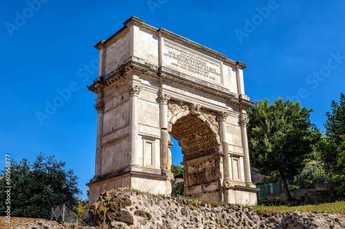 Photo Triumphal Arch of Titus in the Roman Forum.