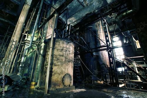 Papiers peints Les vieux bâtiments abandonnés Old creepy, dark, decaying, destructive, dirty factory