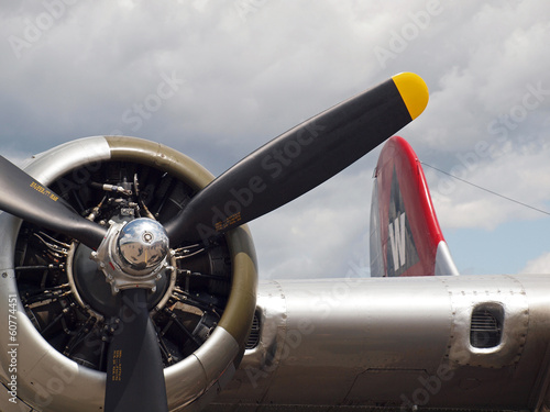 Fototapety, obrazy: Details of a World War II B17 Bomber's Propellers