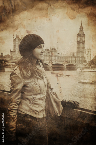 Fotografia  Aged Vintage Retro Picture of Woman in Front of Big Ben