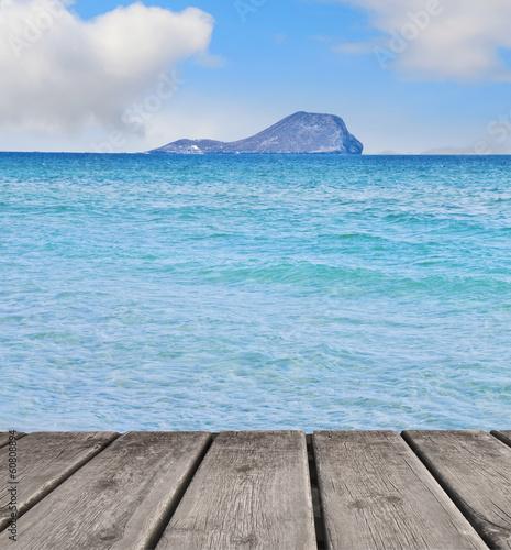 la isla del mar azul