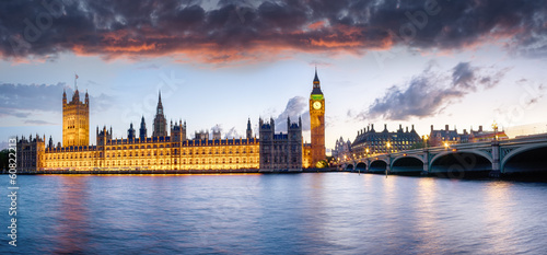 Foto op Canvas Londen London at Dusk