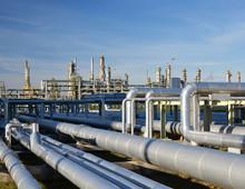 Rohrleitungen Raffinierie // Refinery Industrial Plant