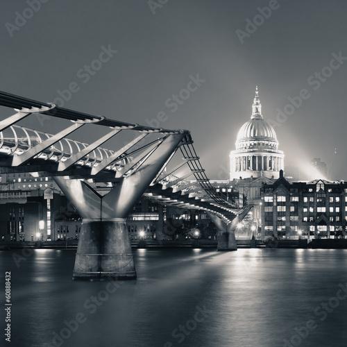 millennium-bridge-i-st-pauls