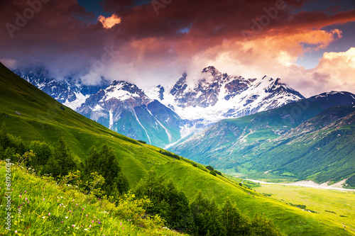 Foto op Aluminium Zalm mountain landscape