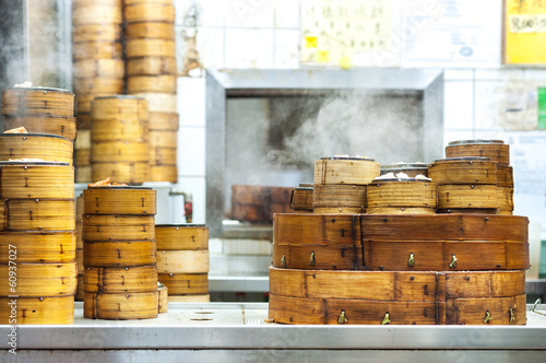 Keuken foto achterwand Hong-Kong Stacked dim sum steamers at a Hong Kong restaurant