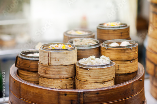 Dim sum steamers at a Chinese restaurant, Hong Kong Lerretsbilde