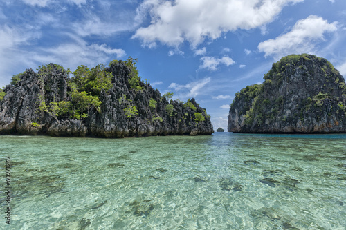 Foto op Canvas Zee zonsondergang Turquoise Tropical Paradise Beach Ocean Sea Crystal Water Clear