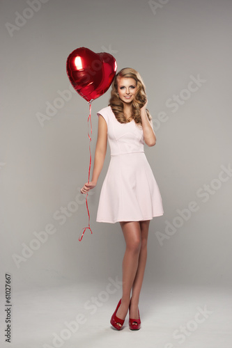 Photo  Beauty smile woman with balloon