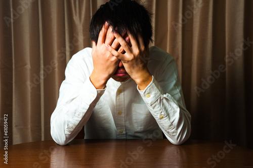 Fotografie, Obraz  失敗を悔やむ男性