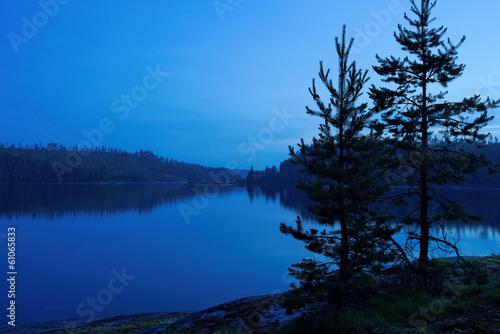 Fotografie, Obraz  blue night on lake Ladoga