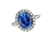 Beautiful Ring With Blue Gem (...