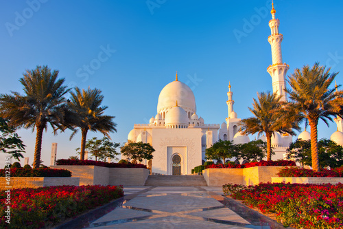 In de dag Abu Dhabi Abu Dhabi, UAE. Sheikh Zayed Grand Mosque